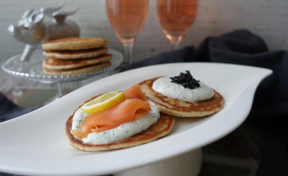 Blinis mit Lachs und Kaviar 2