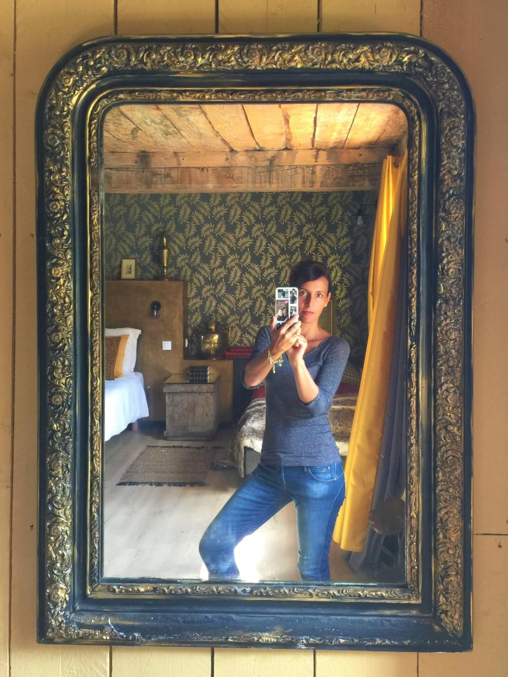 Daniela im Spiegel