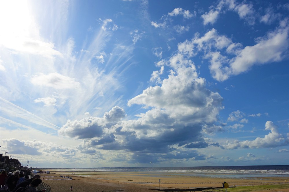 Wolken und Meer