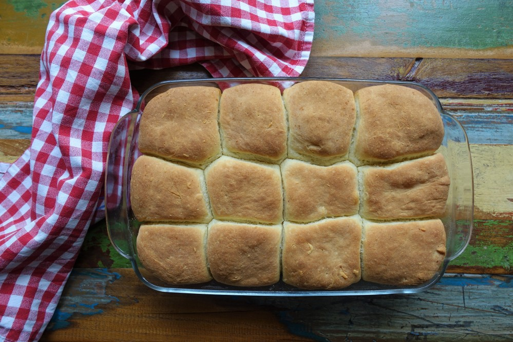 herzhafte pikante Buchteln, gefüllt mit Eierschwammerln/Pfifferlingen, Rezept von Daniela Terenzi, Fingerfood auf Österreichisch