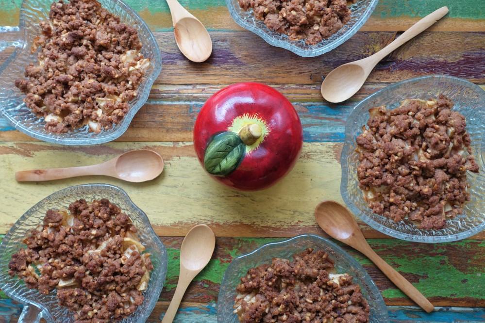 Easy Baking, Apple Crumble mit Haselnüssen, Apple Hazelnut Crumble, lecker, easy, easy-peasy, einfach backen, linzersmileys, Backtrend, Streusel, Streuselkuchen, für Kinder