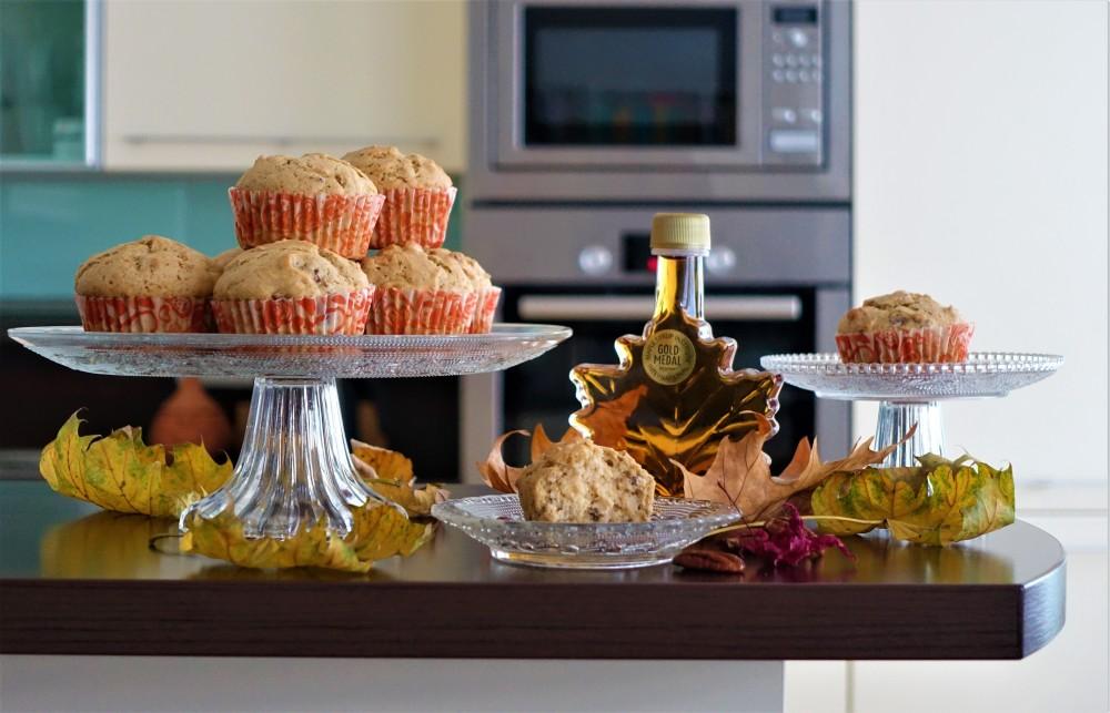 Maple Syrup, Ahornsirup, Kanada, weihnachtlich backen, Gewürze, Muffins, easy-peasy Rezept, würzig, duftend, herbstlich, Blätter, Ahorn, Herbst-Inspiration in der Küche, linzersmileys