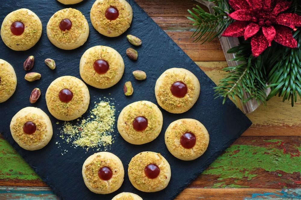 Kulleraugen, Kekse für den Advent, Weihnachten, Keksteller, einfach backen, EasyBaking, mit Marmelade, Husarenkrapferl, mit Pistazien