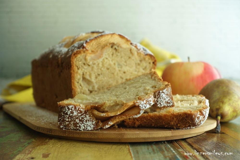 Apfel-Birnen-Kuchen aus der Kastenform, Plumcake, fluffig, fruchtig, würzig, duftend, locker, leicht, der richtige Kuchen für ein verregnetes Wochenende! EasyBaking, Kuchenhimmel, kalorienarm