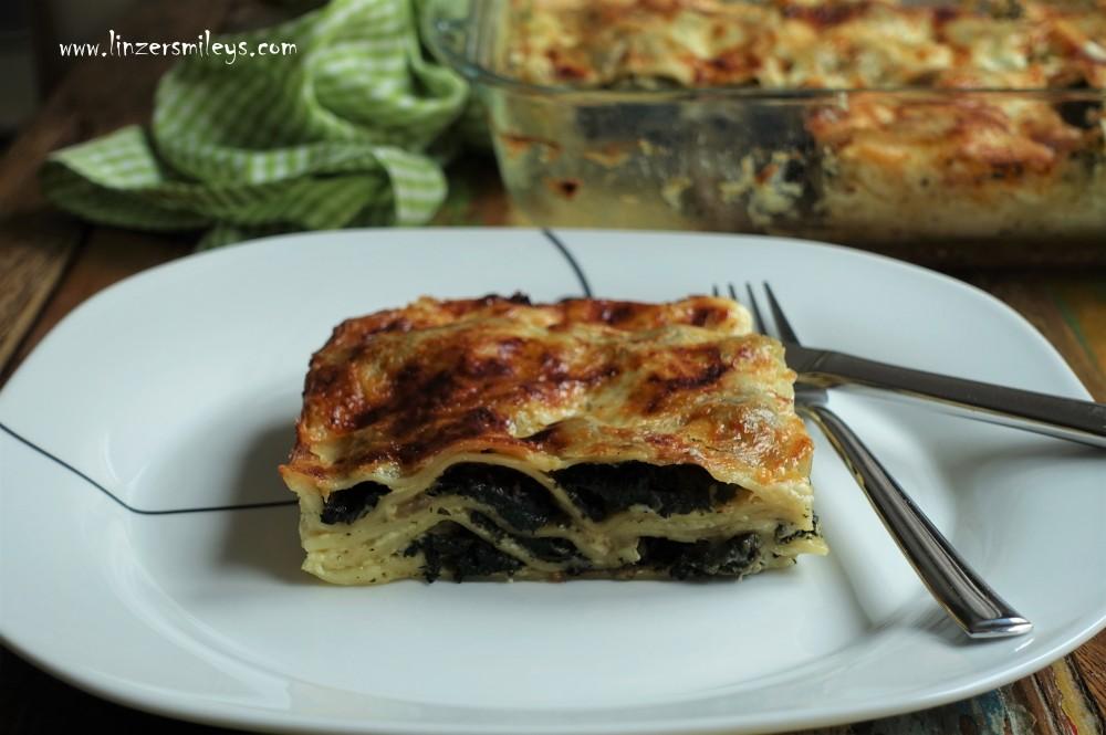 Lasagne mit Wildkräutern, vegetarisch, Brennnesseln, ortica, alle ortiche, italienischer Nudelauflauf, Wildkräuter sammeln, italienisch kochen