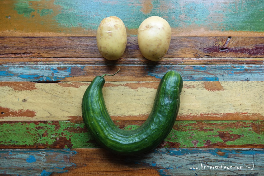 Gurken-Kartoffel-Smiley - ein Zeichen gegen die Wegwerfkultur auf #linzersmileys , kochen mit krummen Gurken