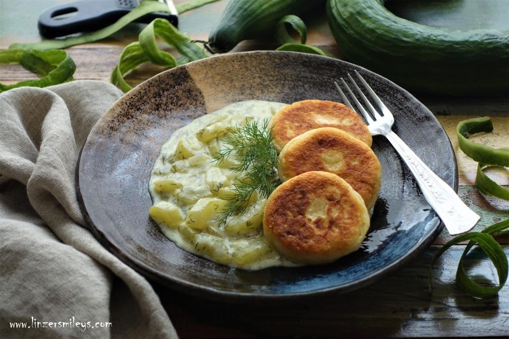#linzersmileys #afba20 WDK #meinadeg Warme Gurkensoße, Gurkensauce mit Dill, Dille, Dillkraut, Sauerrahm, mit saurer Sahne, mit krummen Gurken, Gemüse mit Schönheitsfehlern, ein Zeichen gegen die Wegwerfkultur, Wunder der Natur, Wunderlinge, nachhaltig, gesund, lecker, österreichisch kochen, Hausmannskost, kochen wie früher