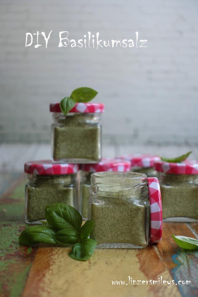 Leckeres mit Basilikum, Basilikumsalz, DIY Kräutersalz, selbst gemacht, Geschenk aus der Küche, Mitbringsel, perfekt für Salate, gegrilltes und Kurzgebratenes