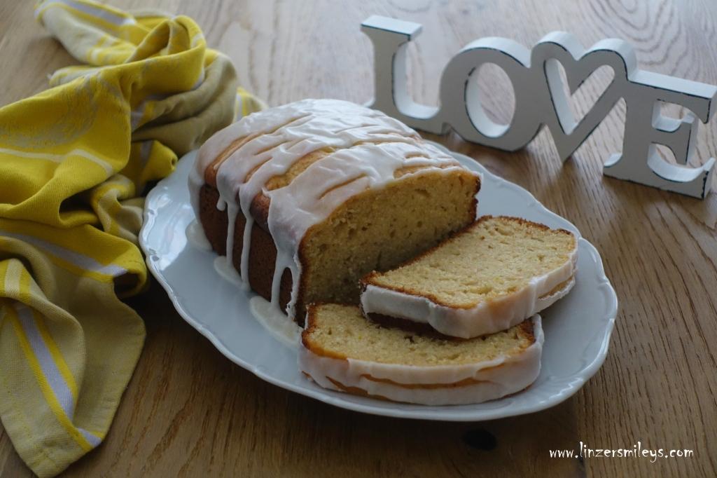 Glazed Lemon Cake, Zitronenkuchen, mit Zitronenglasur, backen mit Bio-Zitronen, Kuchen aus dem BBA, Süßes aus dem Brotbackautomaten, Becherkuchen, mit Zitonengeschmack, EasyBaking, easy-peasy, backen für Anfänger, #linzersmileys