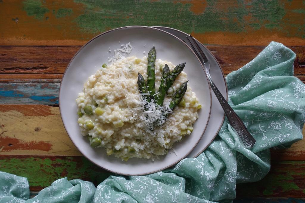 Risotto con asparagi, Spargel, grüner Spargel, Risotto, Reisgericht, Frühling, Stangengemüse, grün oder weiß?